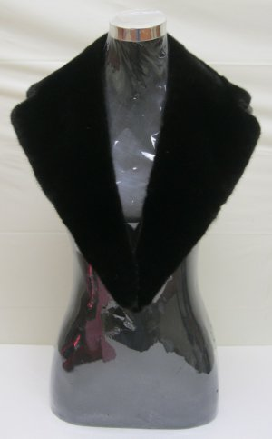 MENS DYED BLACK MINK DETACHABLE COLLAR - 44775o) - size F
