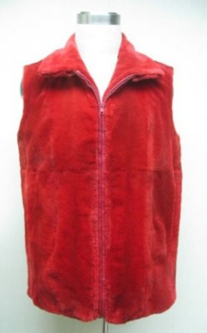 LADIES MAMA SIZE - DYED RED SHEARED MINK VEST - 67190(o)  (SIZE 20)