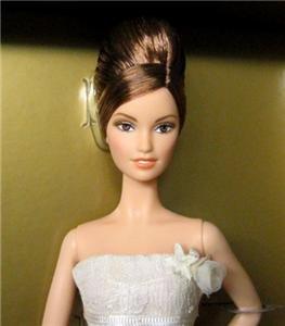 Barbie Vera Wang Romanticist Bride Gold L9652 2008 NRFB