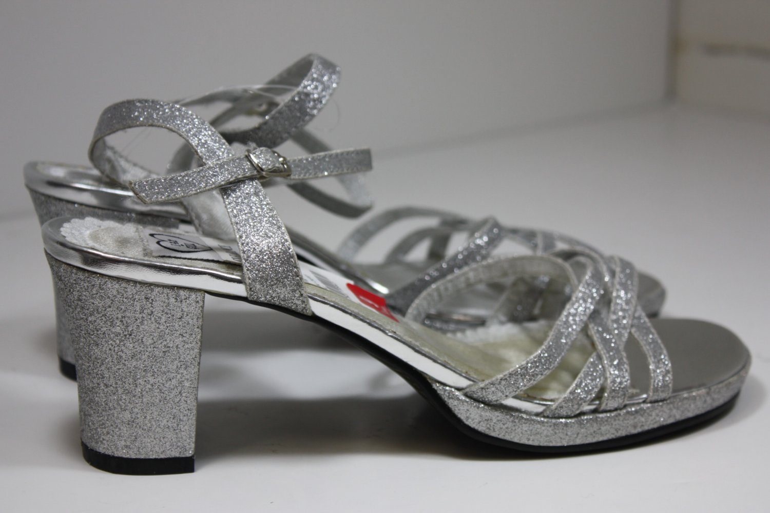 143 GIRL BING CHERRY Heels Silver Shoes US 9 $49.95