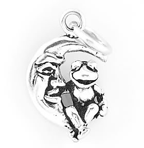 STERLING SILVER FROG SITTING ON CRESCENT MOON CHARM/PENDANT