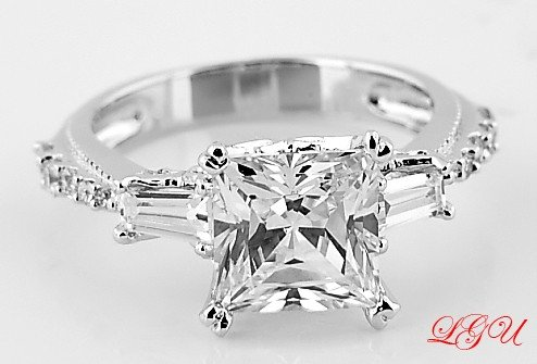STERLING SILVER PRINCESS CZ ENGAGEMENT RING SIZE 5