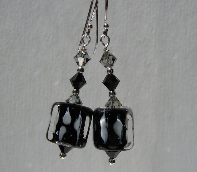 Black and white Cube Earrings with Swarovski Crystal Elements - BK105