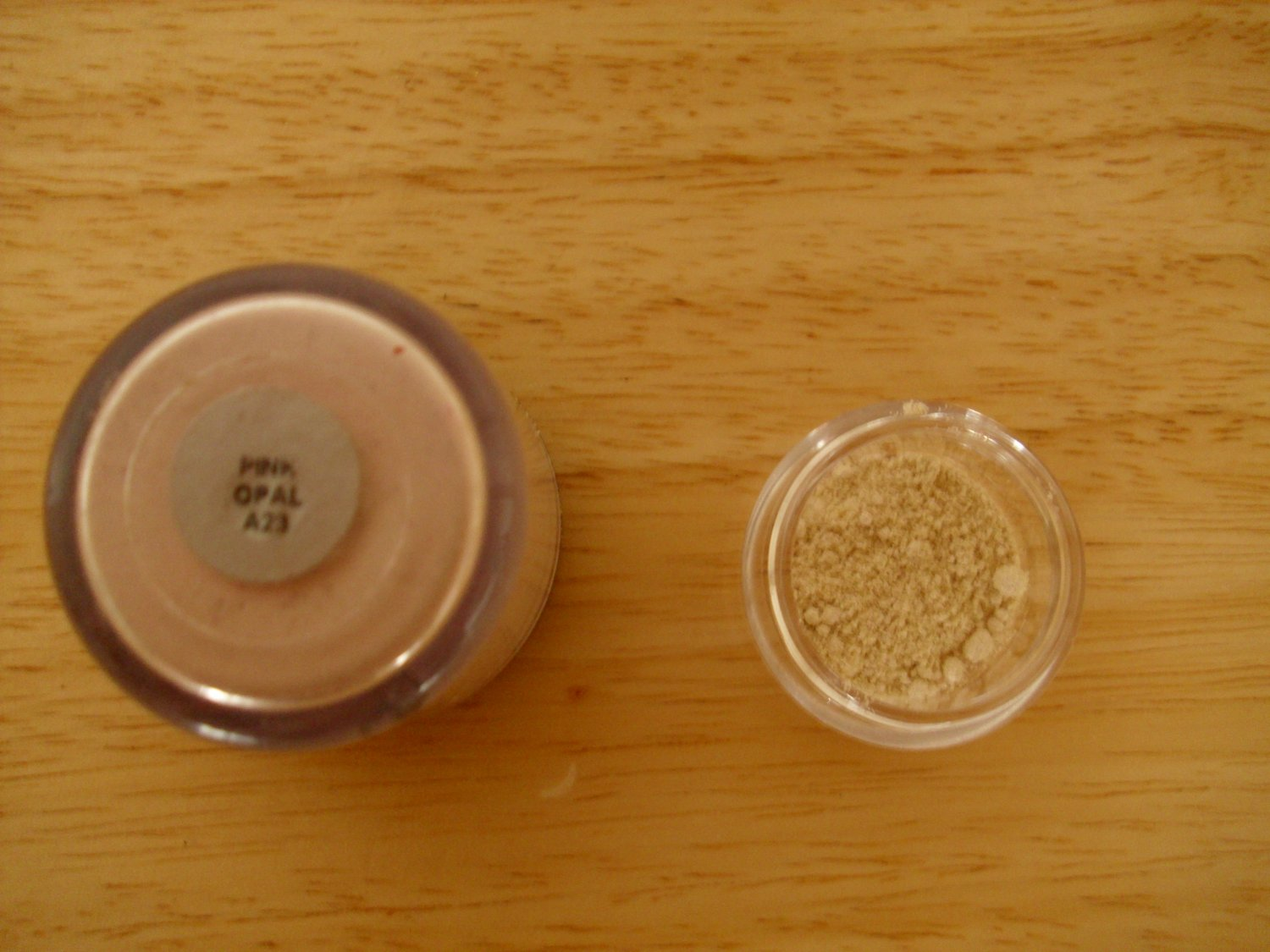 MAC Pigment Sample Pink Opal