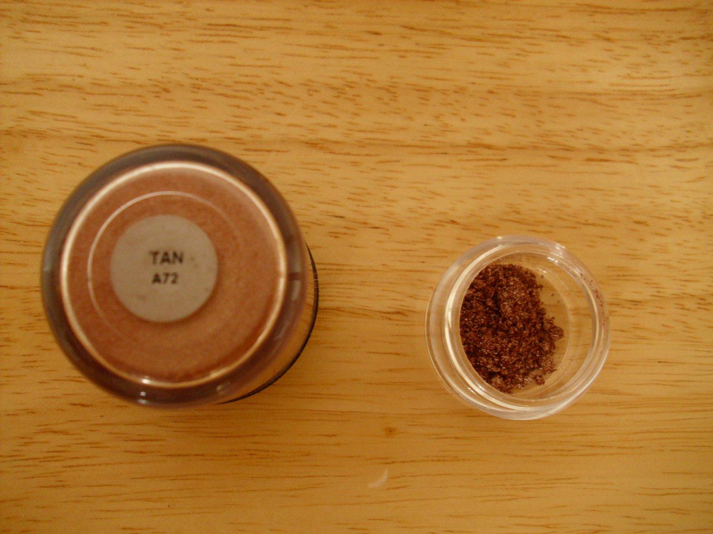 MAC Pigment Sample Tan