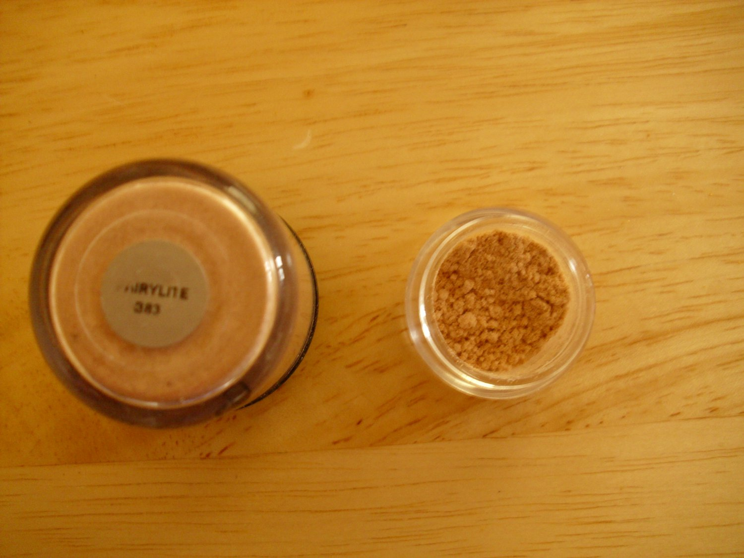 MAC Pigment Sample Fairylite