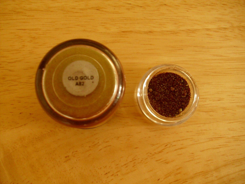 MAC Pigment Sample Old Gold
