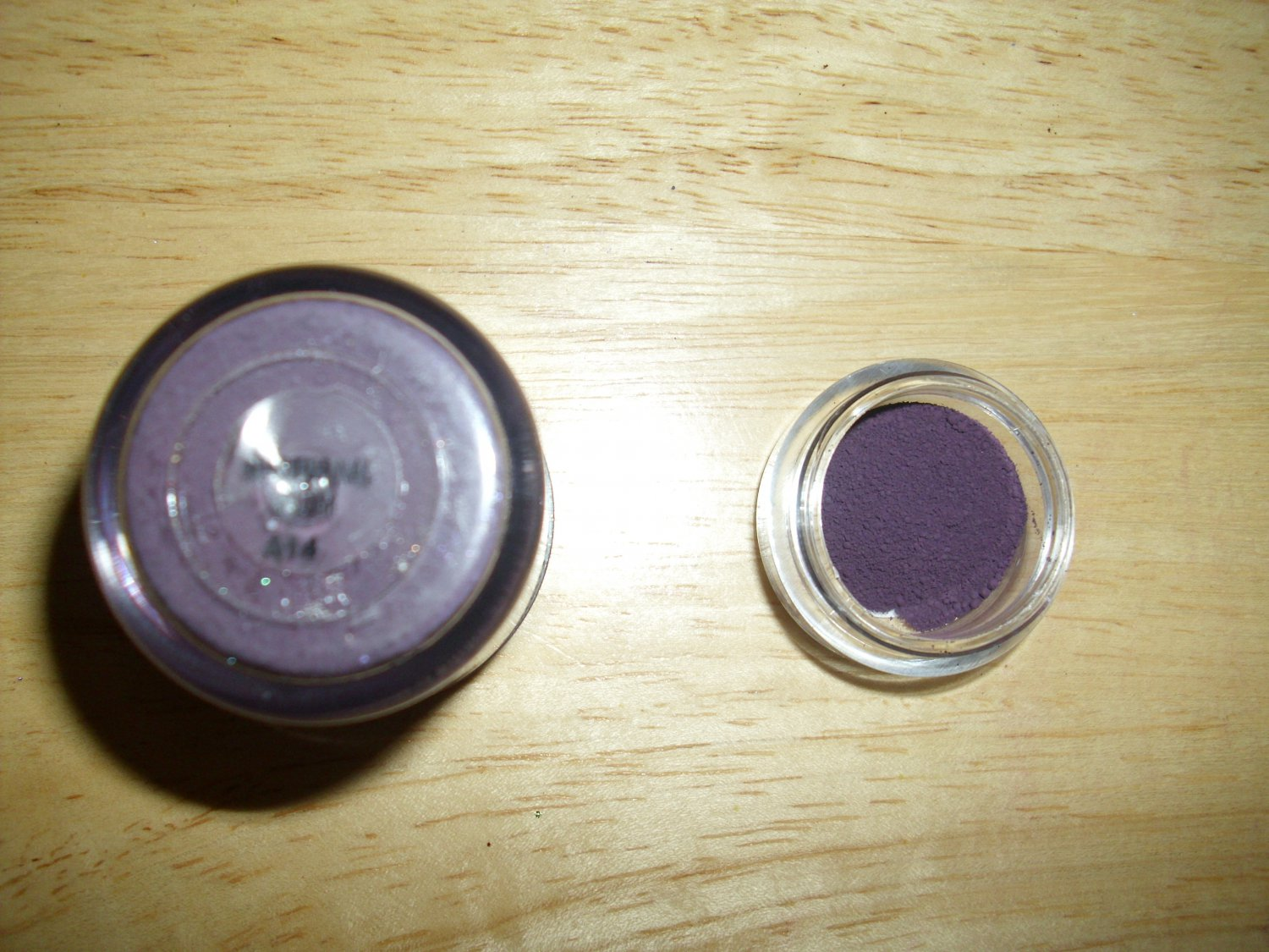 MAC Pigment Sample Nocturnal Plum