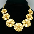 Adorable Vogue Cluster Floral 7 Flower Necklace Pendant 18K Gold GP