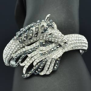 Fashion Black Rhinestone Crystals Tail Steed  Horse Bracelet Bangle