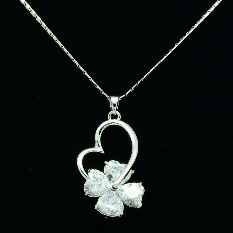 Fashion Silver Tone Clear Zircon Love Heart Necklace Pendant Women Jewelry 80102