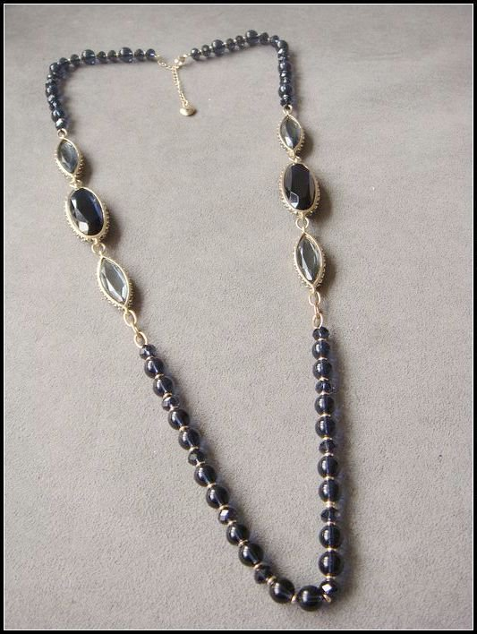 EXCLUSIVE natural stone necklace with diamonds OL
