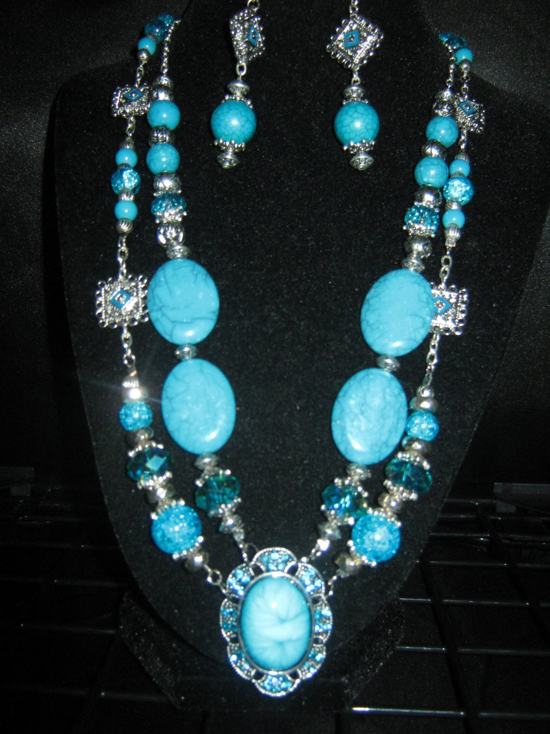 beautiful blue stone necklace