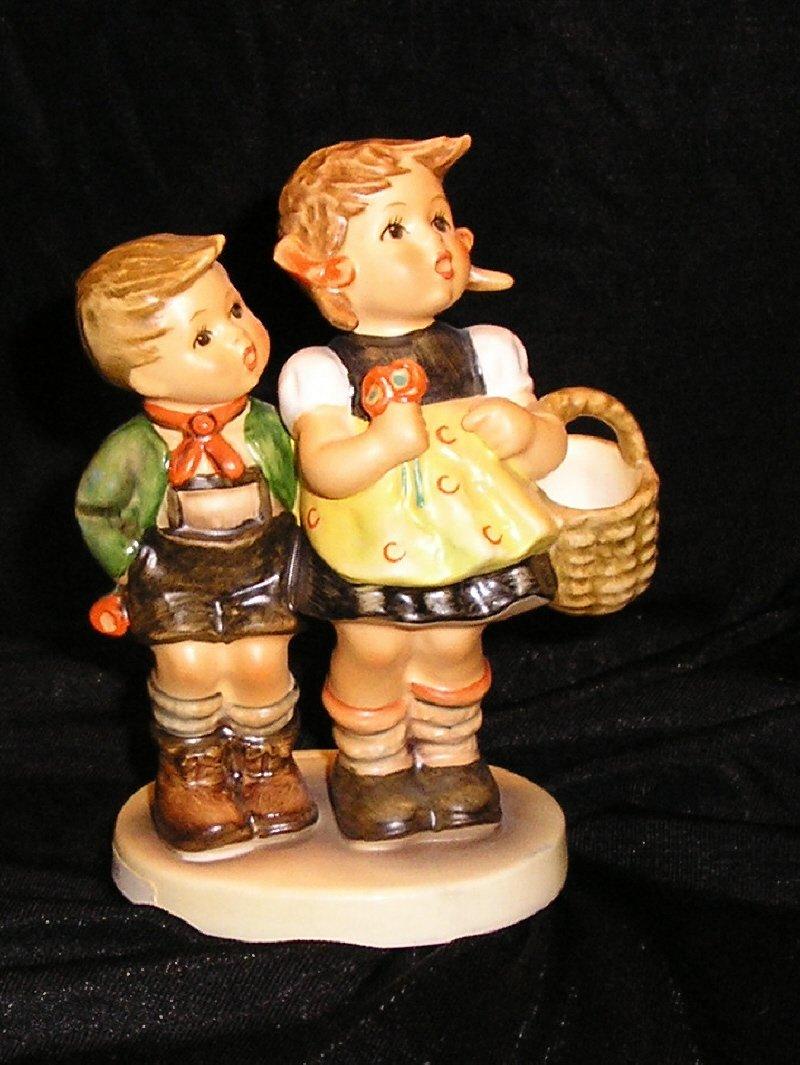 "Hummel Goebel Figurine ""To Market""  HUM 49/3/0 TMK 6"