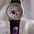 Children watch w/crayon design