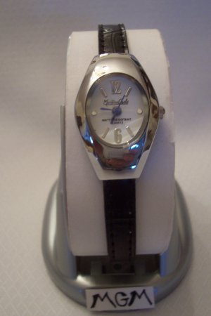 Woman watch w/black leather bracelet