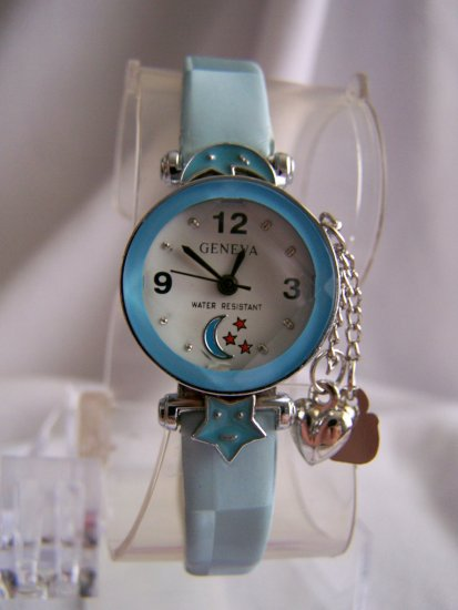 Children watch w/blue leather bracelet