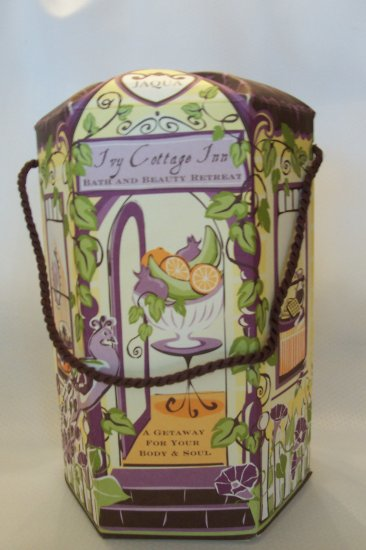 Women's Spa Bath Gift Set -Ivy Cottage Inn Collection -Jaqua