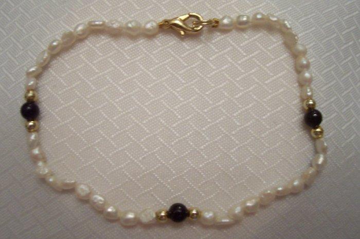 Natural Sea Pearls, Black Onyx And 14k Beads Bracelet