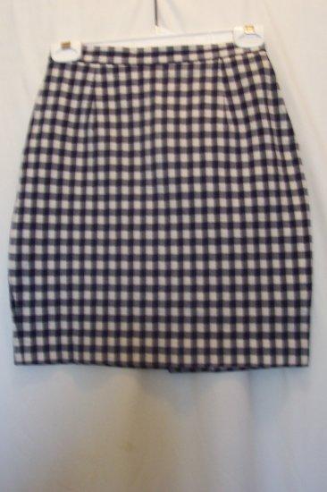Junior/Women's Banana Repulic Plaid Skirt