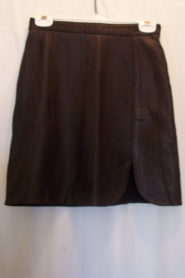 Junior/Women's Black Leather Skirt With A Tulip Front Slit