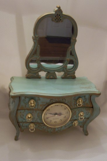 Decorative Vanity Musical Jewelry Box With A Quartz Clock