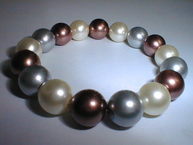 12mm seashell pearl bracelet