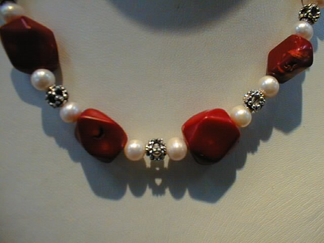 "16""""coral diamond shape necklace & pearl"