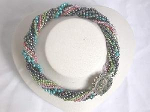 "Beautiful!16"""" multi-colour cultured FW Pearl necklace"