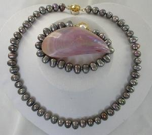 "Beautiful! 17"""" 6*8-6*9mm black cultured freshwater Pearl Necklac"