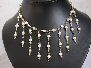 "Beatiful! 16"""" hand-knitted white pearl & crystal necklace"