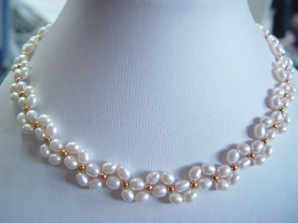 "17""""handmade white rice pearl necklace"