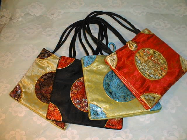 Chinese silk embroider handbag