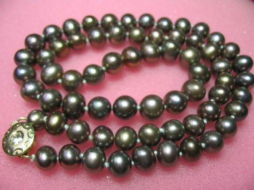 "17.5"""" genuine black F/W pearl necklace"
