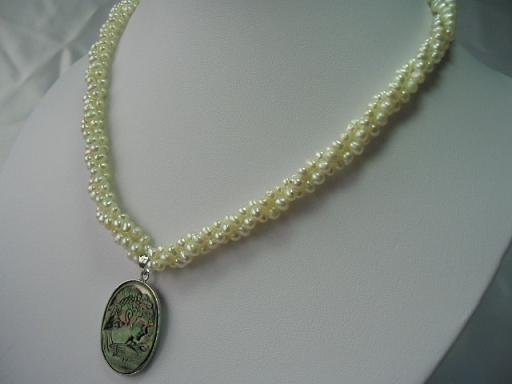 "18"""" 3 stands natural pearl&seashell pendant necklace"