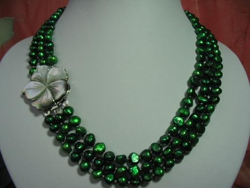 "18""""-20"""" 3-stands green pearl& flower shell clasp"