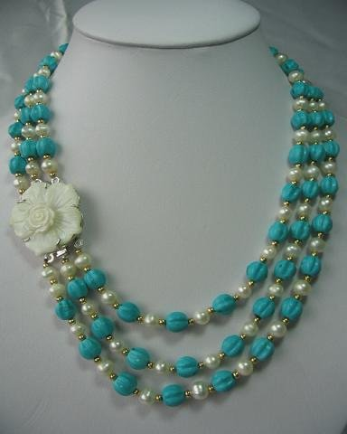 "18""""-20"""" 3-stands white pearl& turquoise w/ shell clasp"