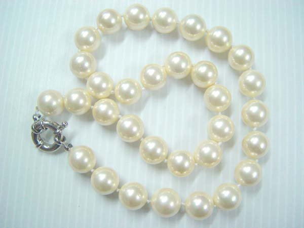 "18""""14mm cream  Seashell pearl necklace"