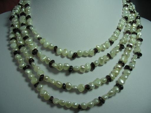 32'' 2-strands white pearl/ black garnet necklace