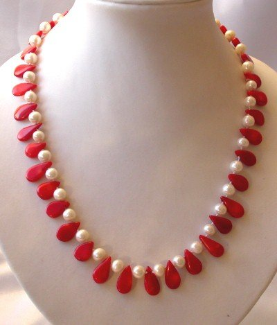 "graceful 17.5"""" white pearl and red coral necklace"