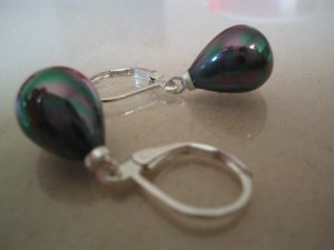 Stunning S925 11*14mm black shell drop pearl earring