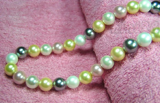 17'' 10MM L.MULTI-COLORS SEA SHELL PEARL