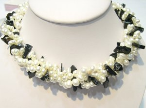 40'' 2-PCS WHITE GENUINE CULTURED PEARL&GEMS NECKLACES