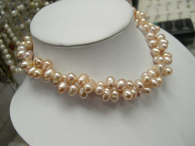 Beautiful 18'' 6-7mm FW cultured pearl Necklace