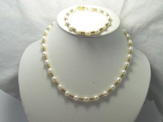 EXcellent 6-7mm white CULTURED PEARL NECKLACE & bracelet