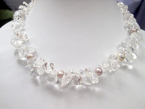 Excelent 17'' white crystal & lavender pearls Necklace