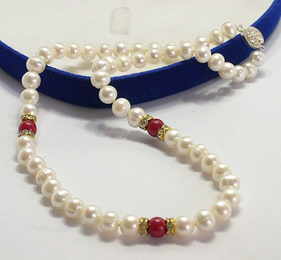 LADIES 17'' 8-9MM cultured PEARL FW NECKLACE 925s