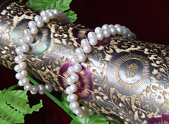 UNIQUE 2-PCS WHITE Genuine Cultured Pearl Bracelets