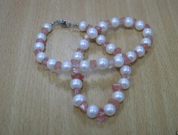Unique white Genuine Cultured PEARL & crystal Necklace