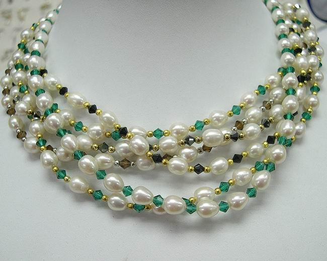 wholesale Charming 6-pcs cultured pearl gems necklaces
